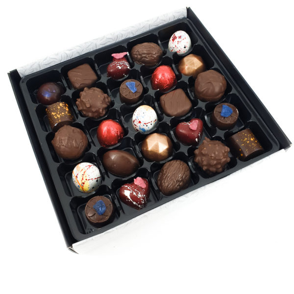Traditional Chocolate Box 25